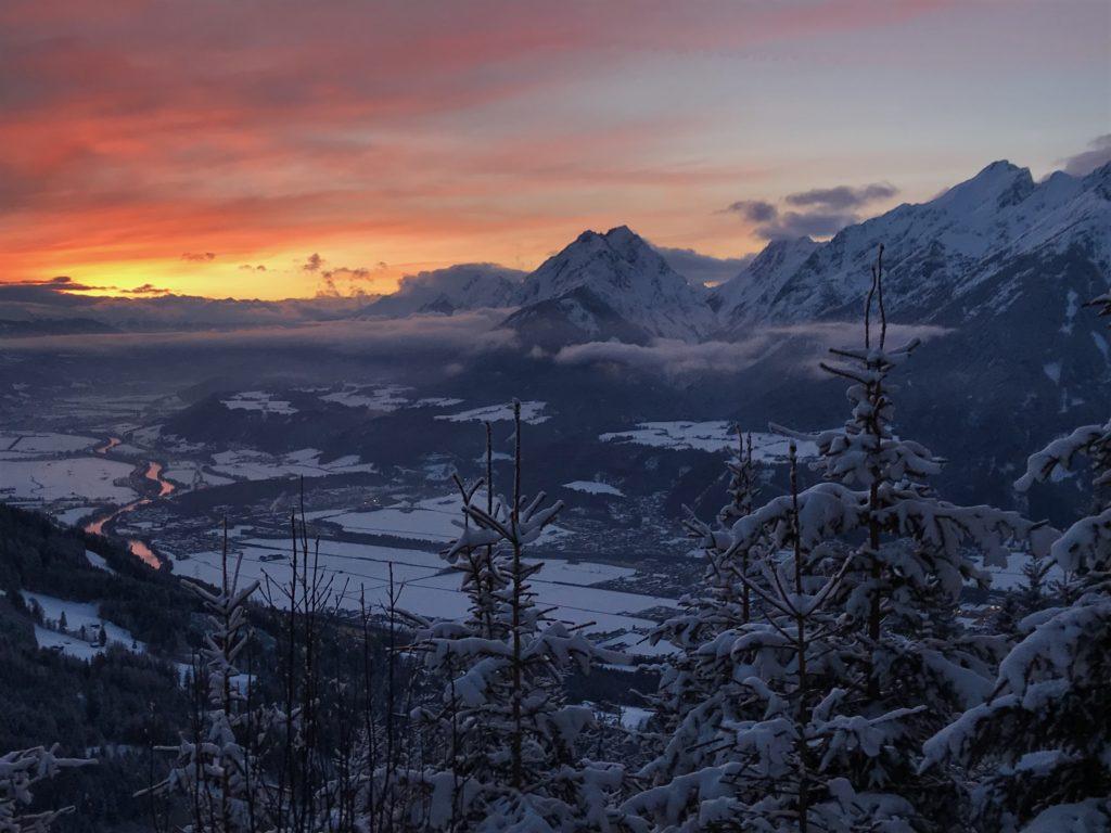 Sonnenuntergang gibt´s aber auch im Winter mit Schnee und Abendrot im Karwendel