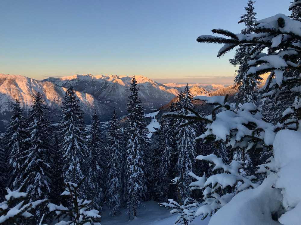 So schön ist der Sonnenuntergang im Rofan - gesehen auf der Kellerjoch Skitour