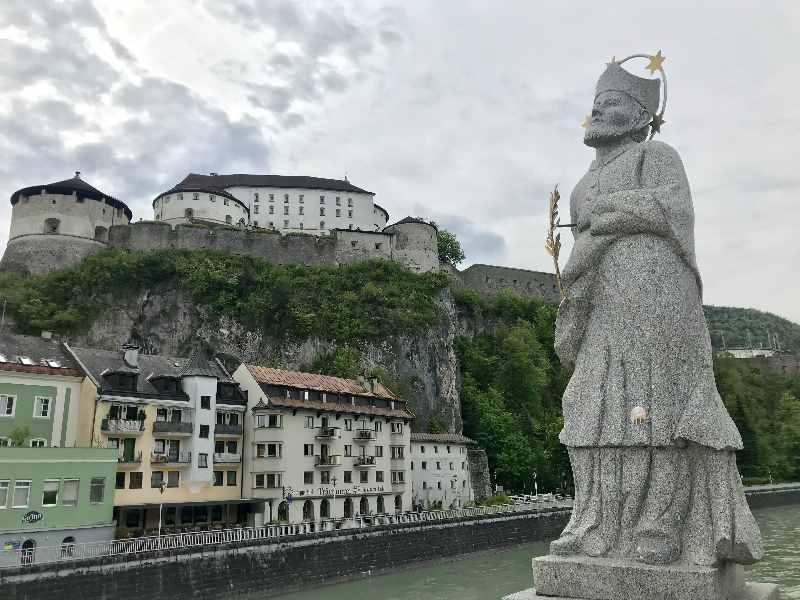 Kufstein Altstadt, die Festung - beide sind Top - Sehenswürdigkeiten in Tirol