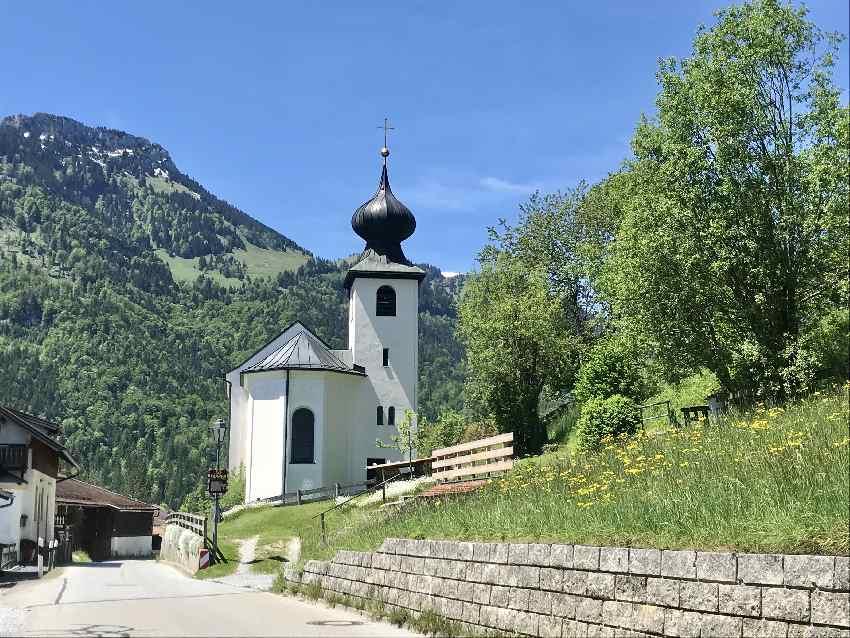 Bergkirche Wall an der Tatzelwurmstrasse