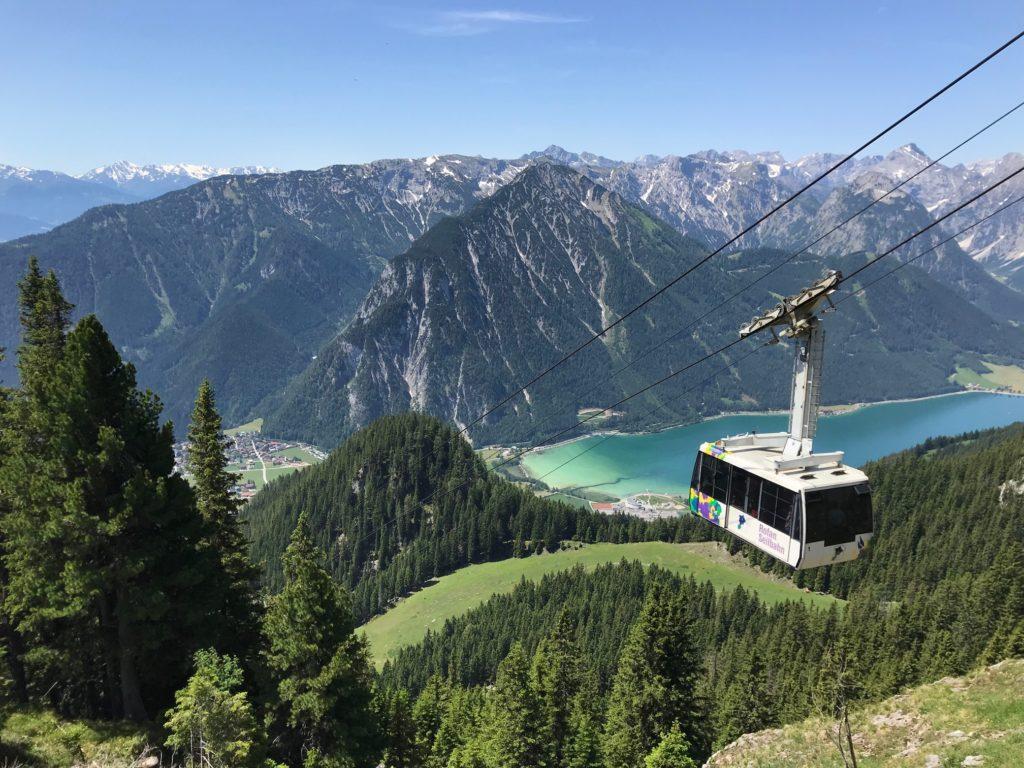 Mit der Bergbahn zum Herbstwandern im Rofan - ein Traum!