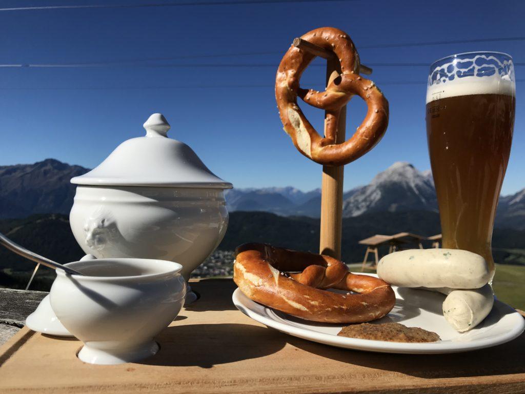 ab München in die Berge nach Seefeld - zum Weißwurst-Frühstück auf der Rosshütte