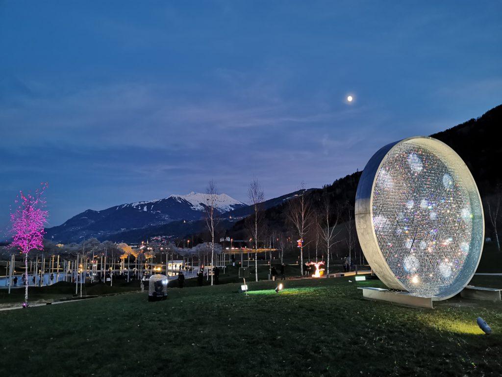 Swarovski Kristallwelten Panorama vom Spielturm Richtung Kellerjoch