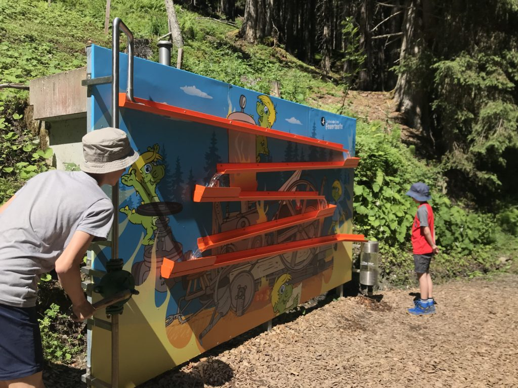 Schmidolin´s Feuertaufe - Abenteuerspielplatz am Berg für Kinder