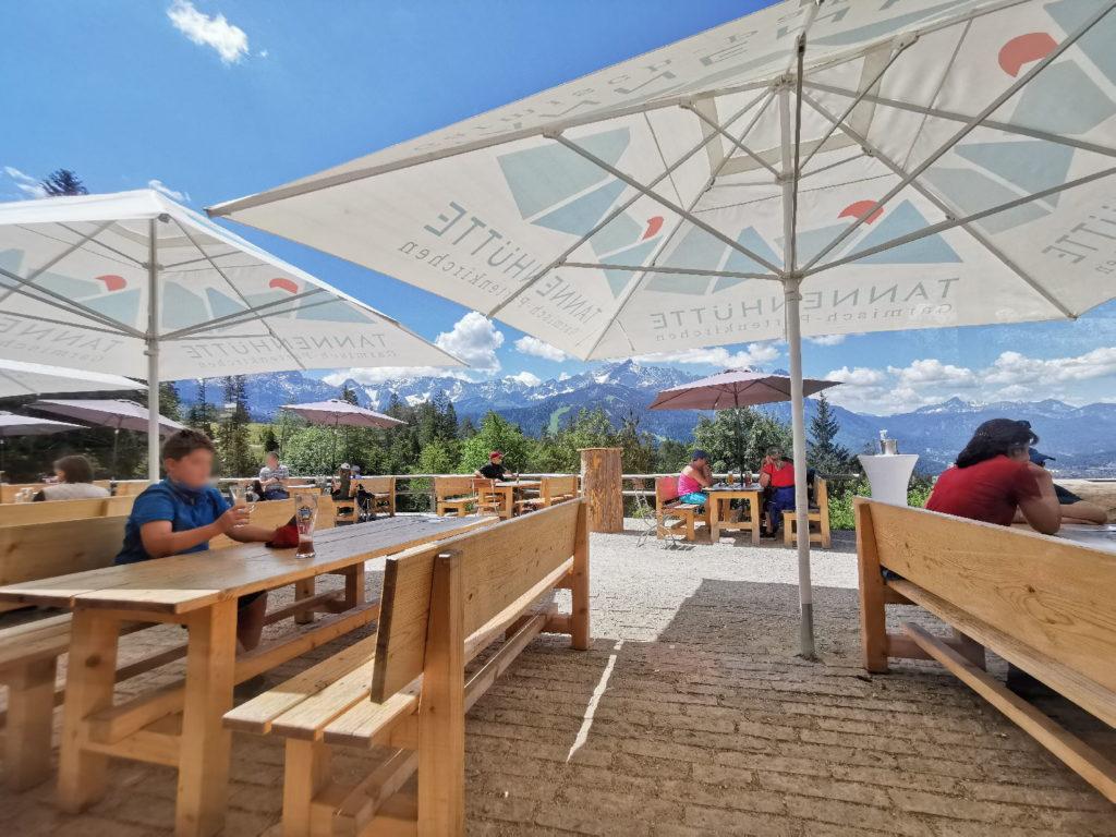 Tannenhütte Garmisch - Sommergenuß auf der schönen Panoramaterrasse