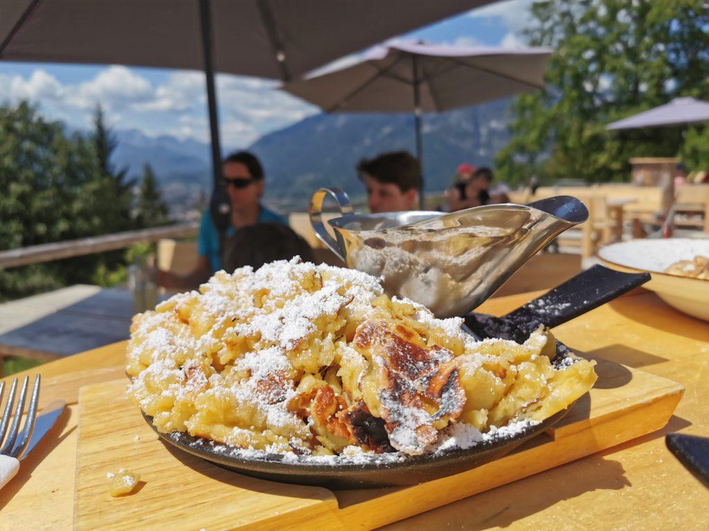 Tannenhütte Kaiserschmarrn - das beliebteste Gericht auf der Hütte, schmeckt traumhaft gut!