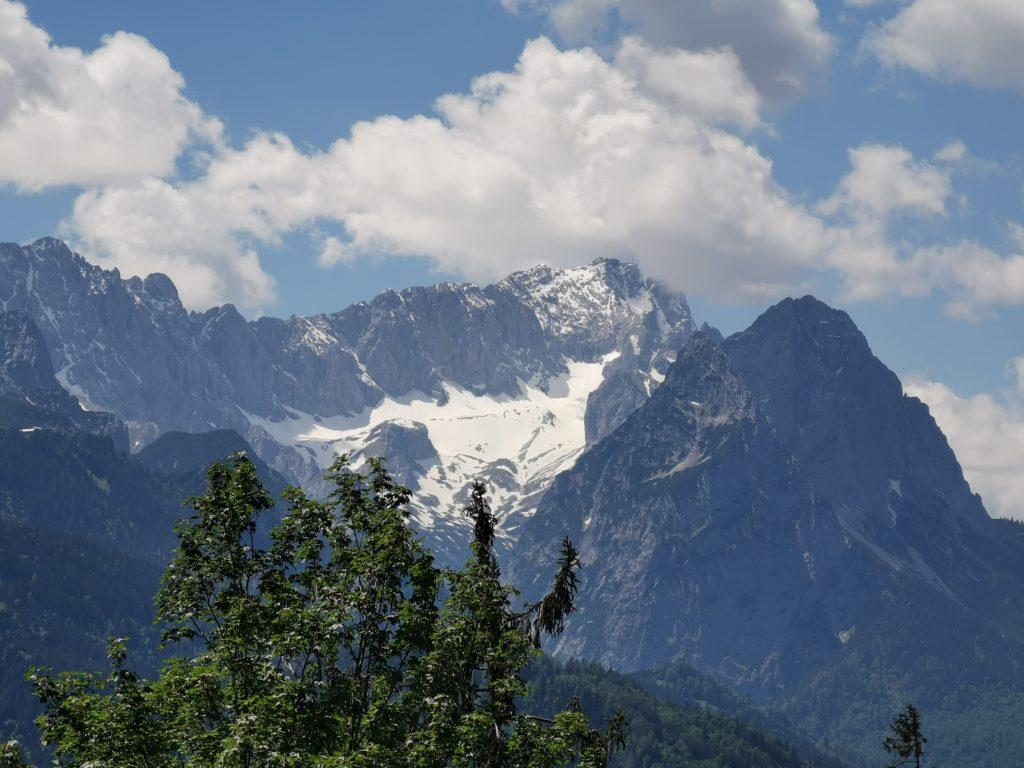 Tannenhütte Panoramablick auf die Zugspitze
