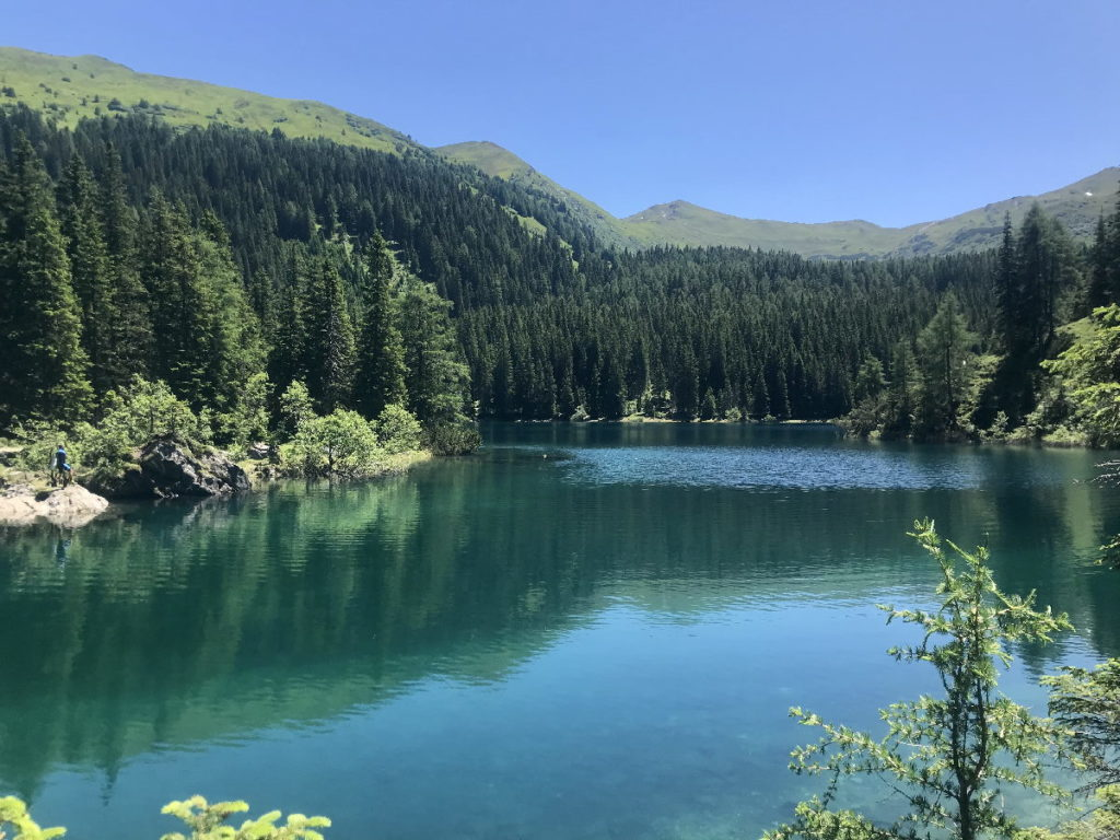 Tirol Reiseziele zum Wandern - der Obernberger See