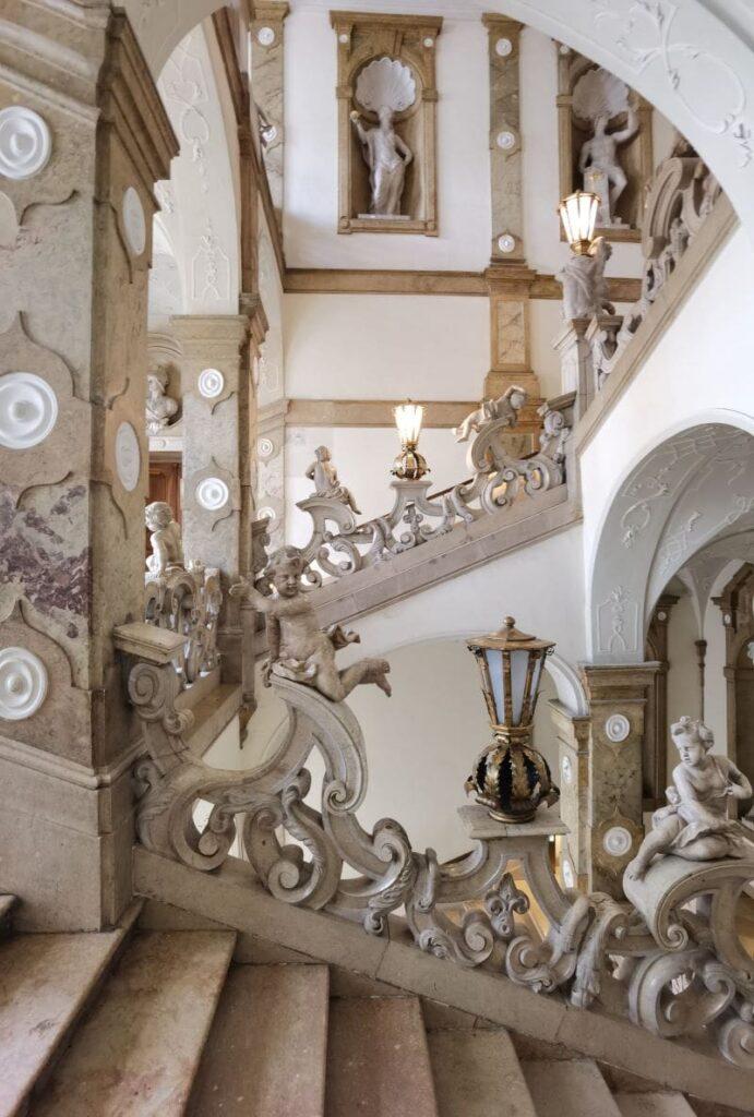 Noch eine der geheimen Salzburg Sehenswürdigkeiten - die Engelstreppe im Schloss Mirabell