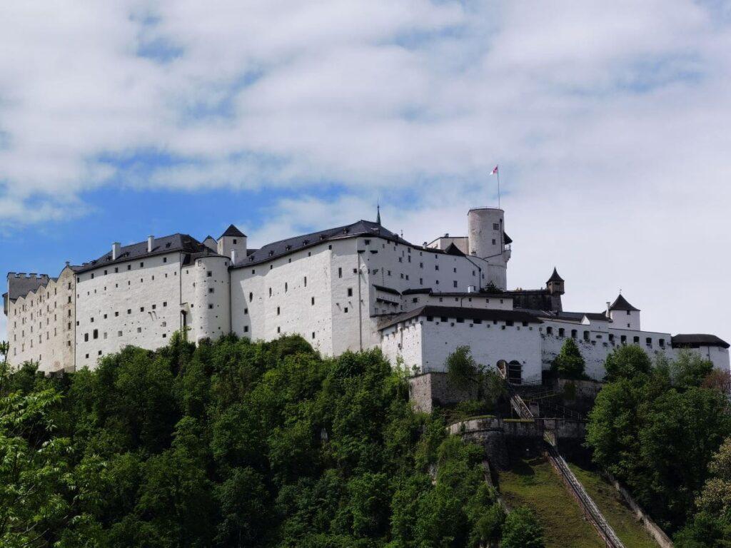Die Festung Hohensalzburg ist eine der Salzburg Sehenswürdigkeiten