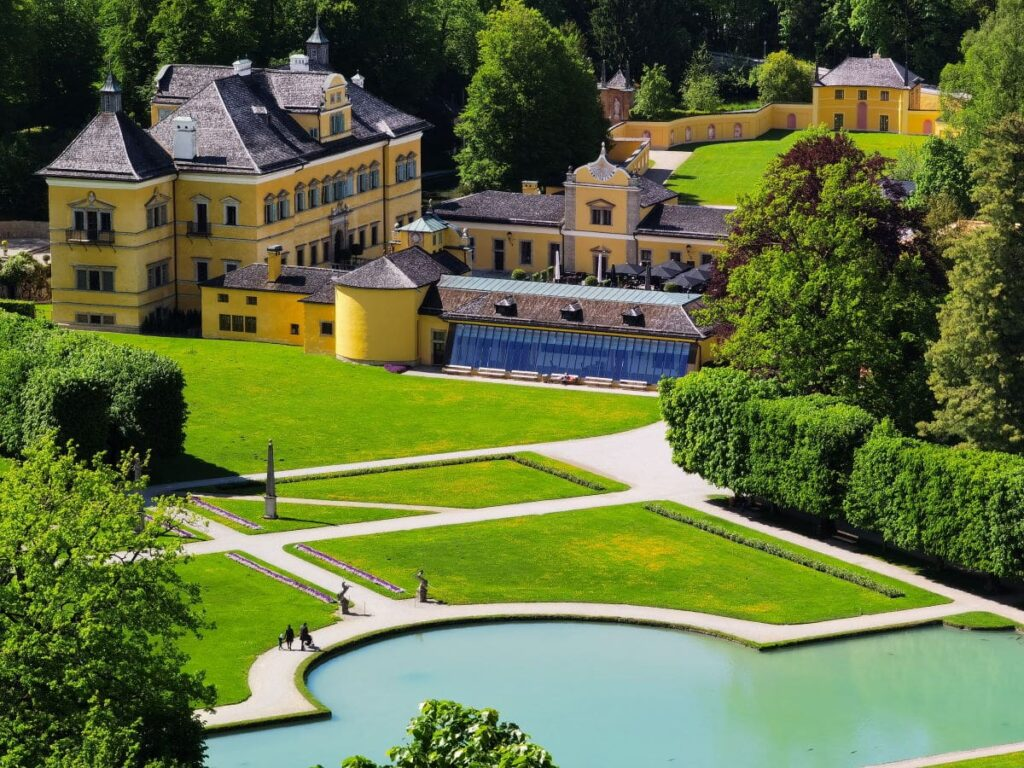 Salzburg Sehenswürdigkeiten: Das Schloss Hellbrunn mit dem Park und den Wasserspielen