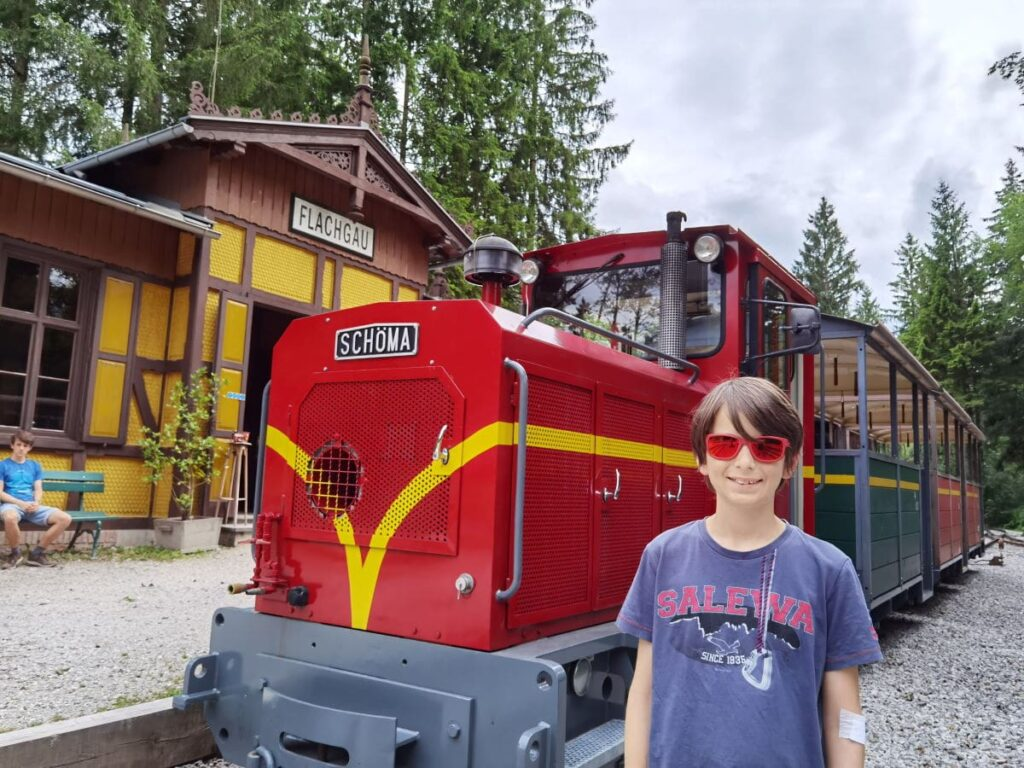 Salzburg Tipps: Mit diesem Zug kannst du das Freilichtmuseum Salzburg erkunden